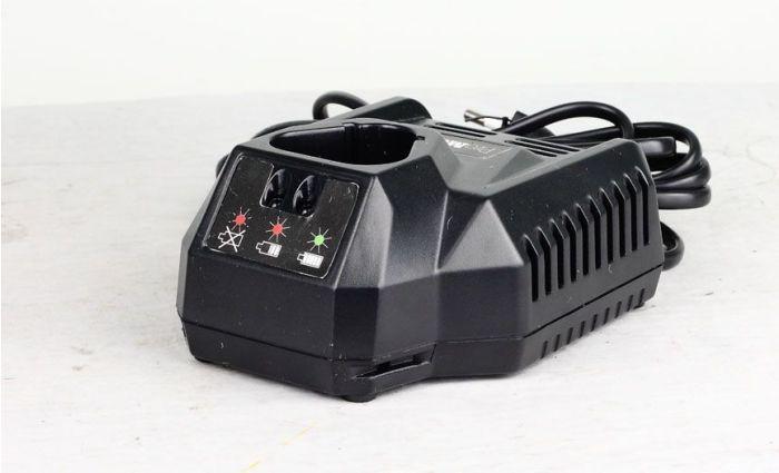 PROMEISTER BATTERILADER 10,8 V